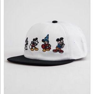 Vans Disney Mickey Mouse hat